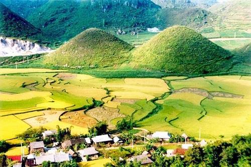 Les montagne jumelles de Quan Ba | Ha Giang | Asia Hero Travel | Circuits sur Mesure au Vietnam